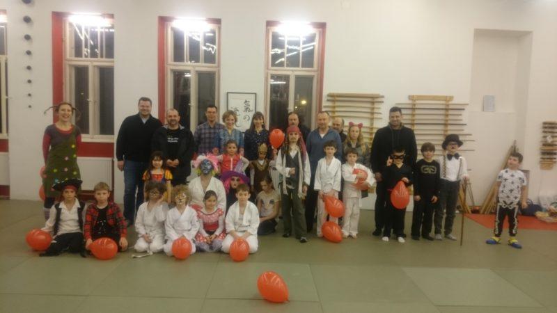 trening za djecu pod maskama